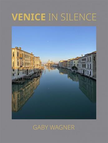 Venice in Silence / Venezia nel Silenzio